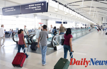 Passenger in Detroit airport Captured sneaking $60G Concealed in Bundle of menstrual pads