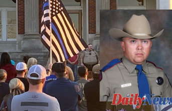 Texas State Trooper 'no longer displays signs of viable brain activity' after shot in patrol car