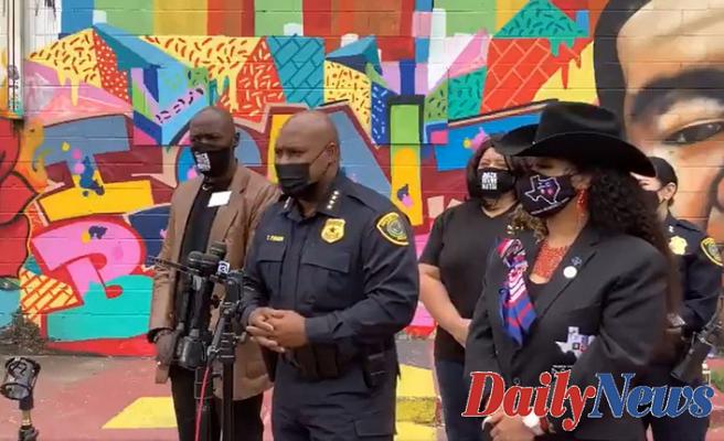 George Floyd mural at Texas defaced with racial slur