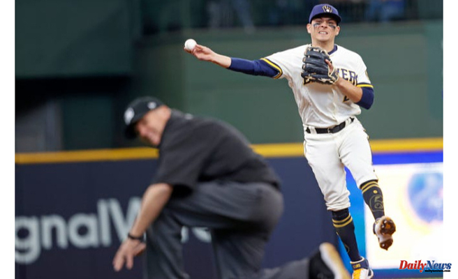 After Travis Shaw's injury, Luis Urías finds himself back in a Comfortable position for Brewers