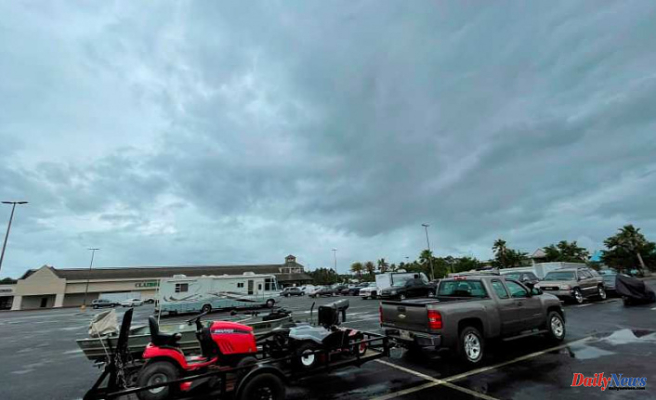 Important damage to Alabama mobile home park amid tropical storm
