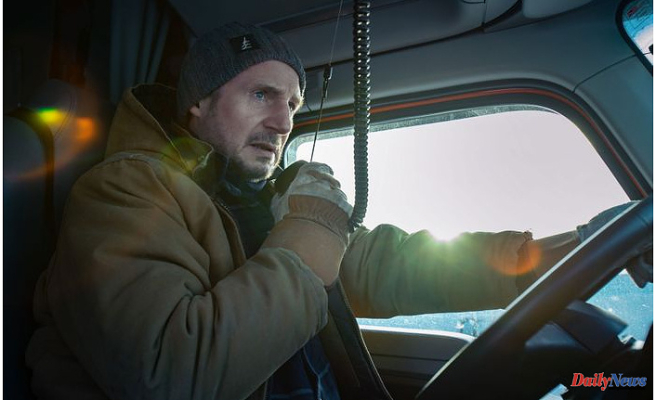 Netflix's The Ice Road Is Both Really Smart And Really Stupid