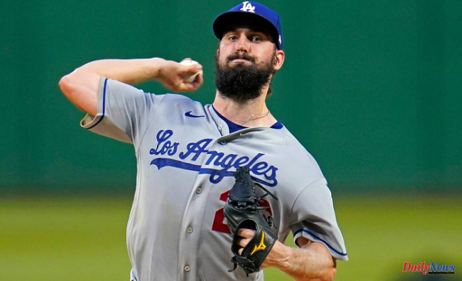Turner's Two HRs, Powerful Bullpen Lead Dodgers Over Pirates