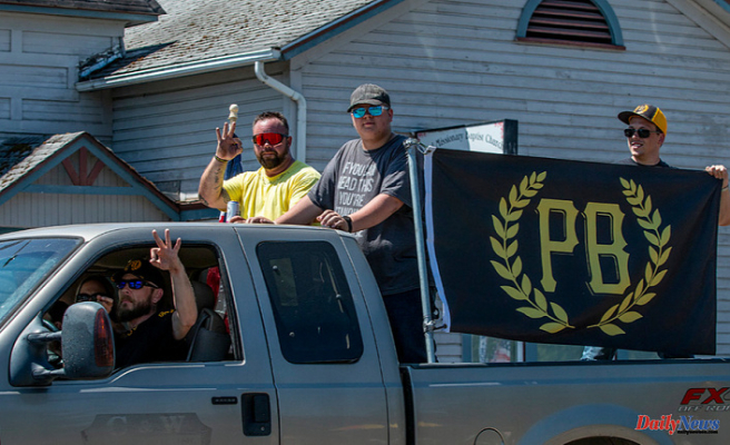 Creswell's unofficial 4th of July parade draws hundreds