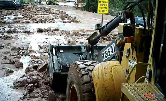 Crews clean up flood damage and reopen Zion National Park