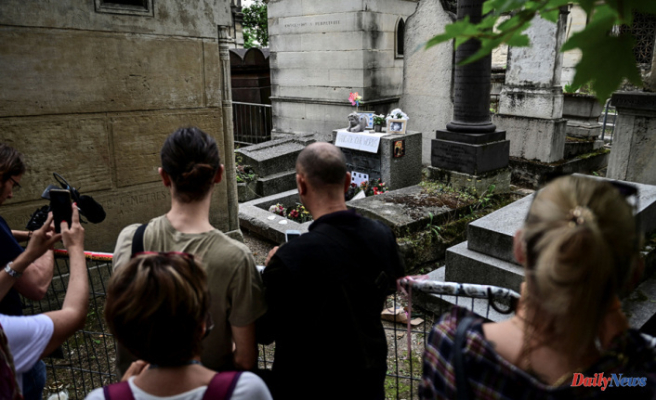 In Paris, 50 Years after his death, Jim Morrison's fans honor him