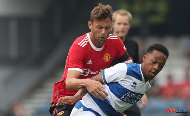 Manchester United loses four to QPR in heavy preseason defeat