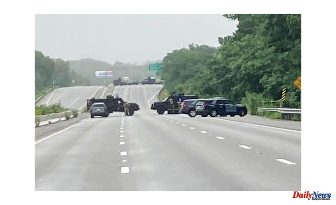 Massachusetts police standoff with heavily armed men who claim not to recognize laws