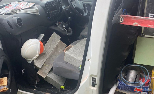 Police stop van that was laden with 56 concrete blocks, trying to climb on M5 at Exeter