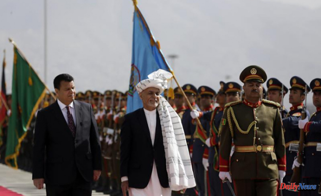 Before slipping into exile, the Afghan president was left alone