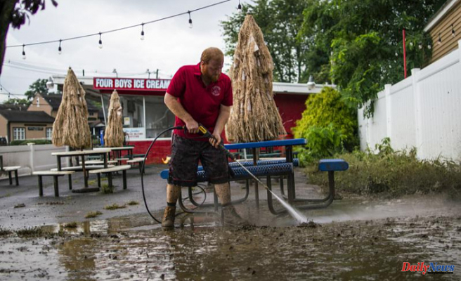Henri makes a return to the sea as Henri begins cleanup in the Northeast