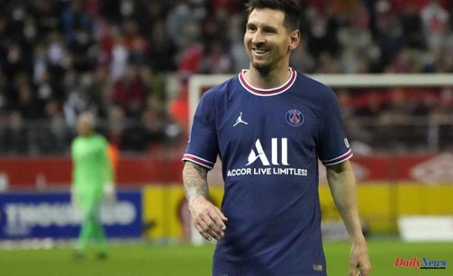 Messi's era begins when PSG defeats Reims; Mbappe scores 2