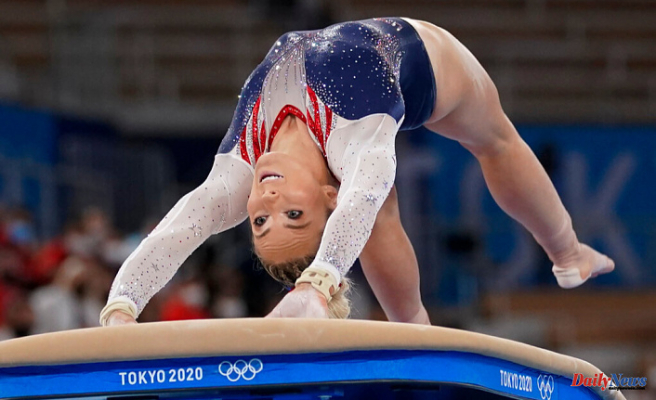 MyKayla skinner wins the Olympic silver medal after Biles' exit