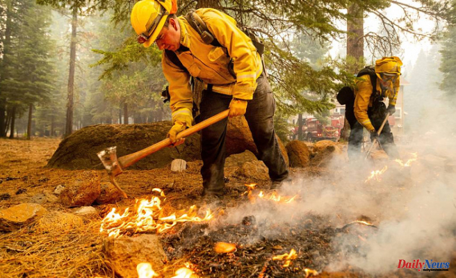 Updates on wildfires: Dixie Fire, third largest in California history sends smoke to Sacramento