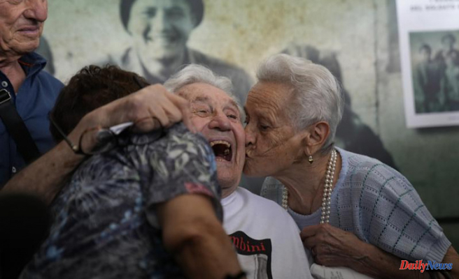 US WWII Veteran reunites with Italians that he saved as Children