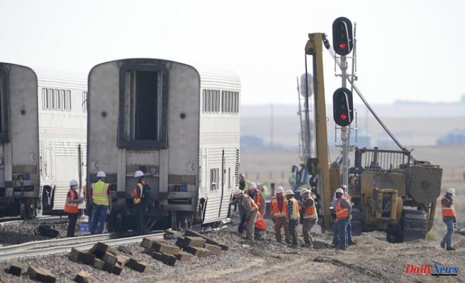 Amtrak train was just below speed limit when it derailed