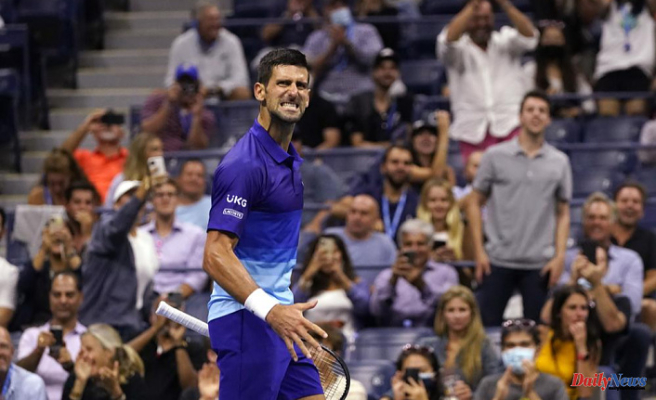 Djokovic wins Berrettini at Open