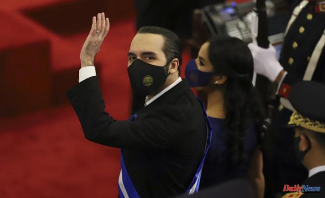 El Salvador court drops ban on presidential reelection