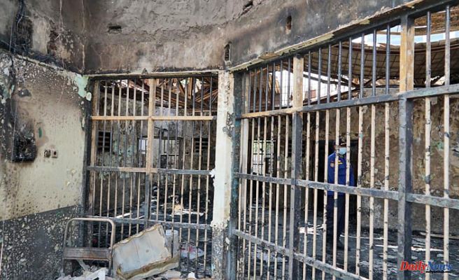 Fire kills 41 prisoners, injures 80 at crowded prison in Indonesia