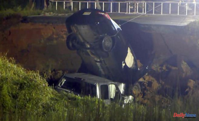 Mississippi road collapse causes terror in crash victim