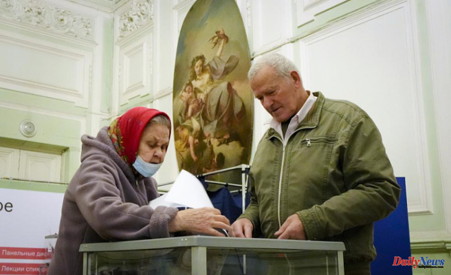 Russian election violations are reported by observers and communists