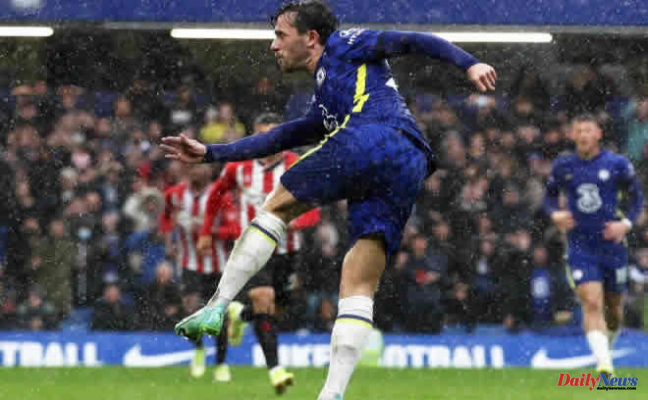 GOT THE BLUES Chelsea Vs Southampton LIVE Reaction: Chilwell gets in a volley as the Blues rise to the top of Premier League - Latest updates