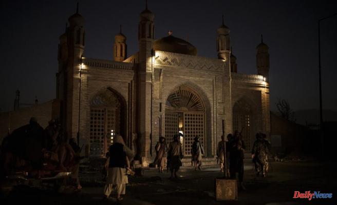 Taliban: 5 civilians killed in Kabul mosque bombing