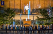 Most valuable company: Apple launches Saudi Aramco from the throne
