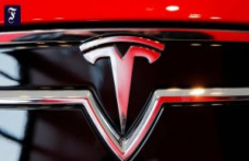 $ 210 billion: Tesla rises to the most valuable car maker