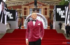"Daniel Craig bids Bond farewell in ""No Time to Die"""