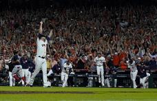 Garcia, Alvarez help Astros oust Red Sox, reach World Series