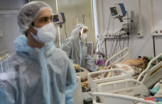 Russians are pledging to receive vaccines as the number of virus cases increases