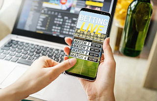 How to download and install a betting application...