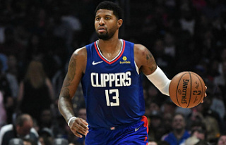 Paul George agrees to new 5-year max contract with...