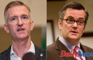 Disgraced ex-Portland mayor who lied about relationship...