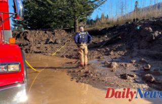 Oregon Girl's body recovered after landslide...