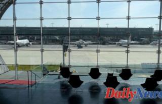 Spirit Representative hospitalized, passengers Detained...