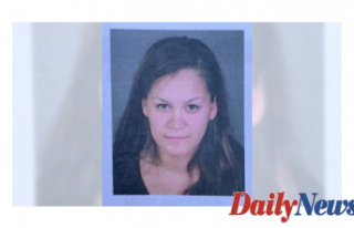 Los Angeles Mum Detained after three toddlers Discovered...