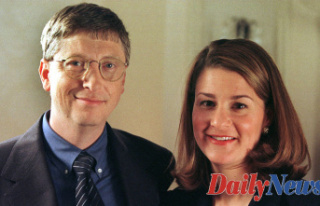 Bill Gates spends'quality time' with Girl...