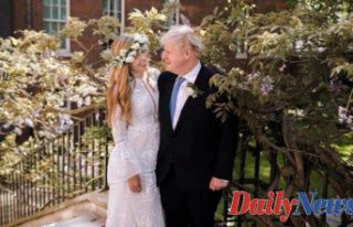 Boris Johnson marries Carrie Symonds in secret wedding
