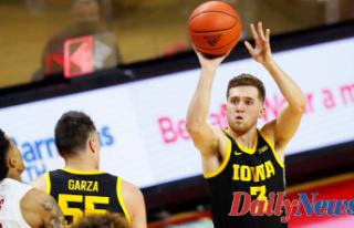 Iowa's Jordan Bohannon recovering after suffering...