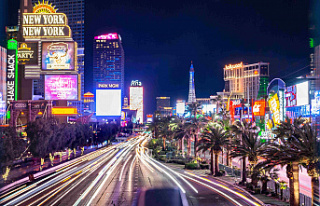 Land-based casinos in Las Vegas set for a return to...
