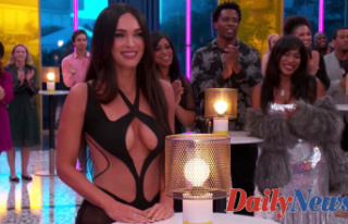 Megan Fox's Sexy half-naked look is barely there...