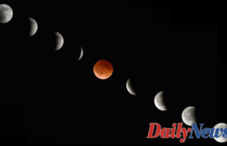 What time will the'Super Flower Blood Moon'...