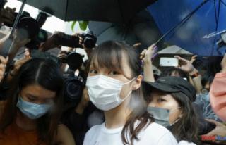 Agnes Chow plans Remainder after'Debilitating'...