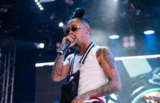 Dappy helps save man's life after talking him...