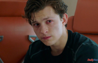 Everyone Is (Affectionately) Dunking on Tom Holland...