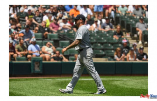 Hector Santiago, Seattle Mariners' founder makes...
