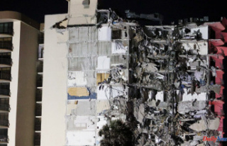 Miami Building Collapses: Dozens of People Missing...