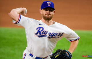 Rangers closer Ian Kennedy heads to IL with hamstring...